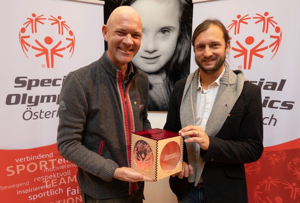 Jürgen Winter (SOÖ) und Stephan Fuchs (Landmarkt)